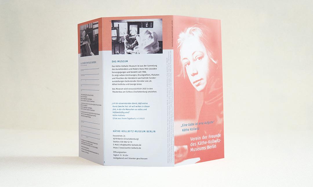 booth design unit, michaela booth, grafikdesign berlin, kunstbuch, flyer, leporello, logo, broschüre